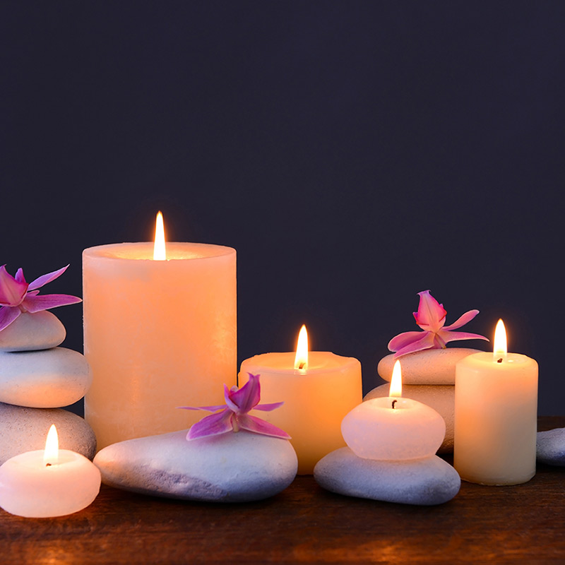Meditations - Relaxing candles and stones
